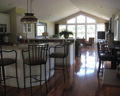 Grand River Retreat with Boat Dock - Grand Haven Charter Township