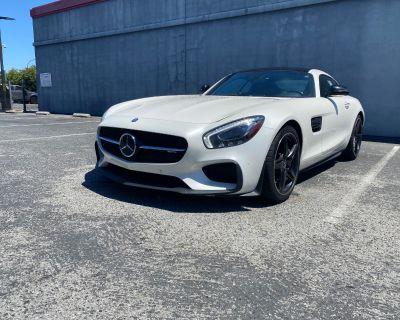 2017 Mercedes-Benz AMG GT Base