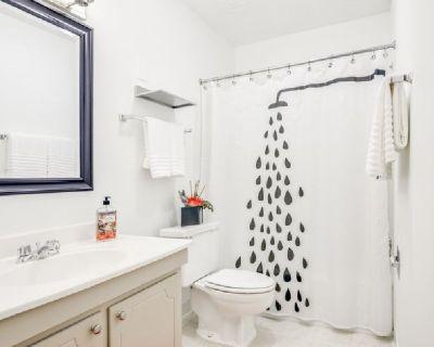 1bed/1bath apartment