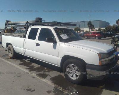 Salvage White 2003 Chevrolet Silverado 1500