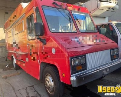 2006 Workhorse Mobile Kitchen Food Truck with Pro Fire Suppression