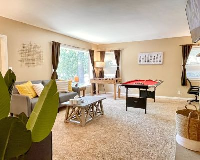 Urban Retreat King Bed + Game Room Pool Table, Foosball, Board Games - Chico