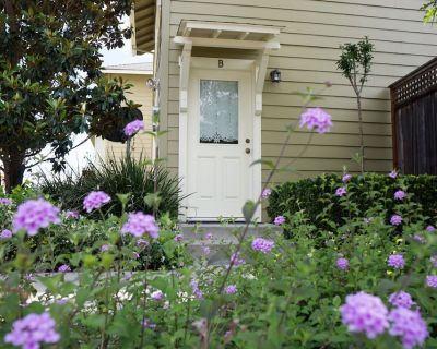 Designer Cottage close to Park and foothills - Chico
