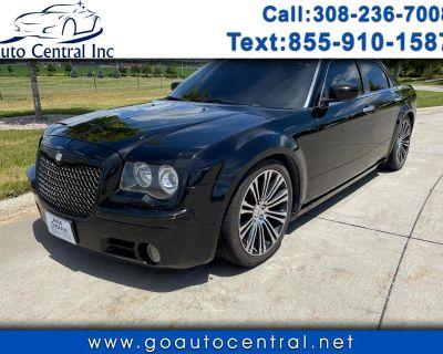 2010 Chrysler 300 4dr Sdn 300S V8 RWD