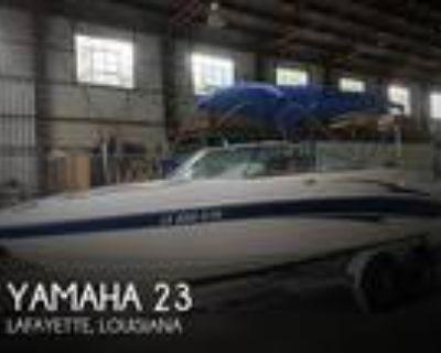 23 foot Yamaha 23