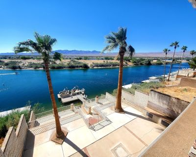 Colorado River front house, two level, boat ramp,dock, beach, and private cove. - Bullhead City