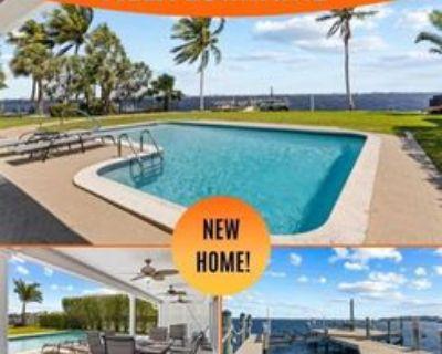 252 Bayshore Dr, Cape Coral, FL 33904 3 Bedroom House