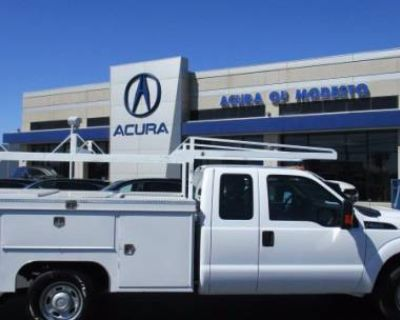 2015 Ford Super Duty F-350 Chassis Cab XL
