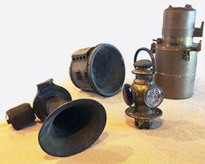 Carbide Generator, Solar Oil/Electric Tailight Solar Headlight, Klaxon Horn