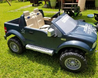 Toddlers battery operated car