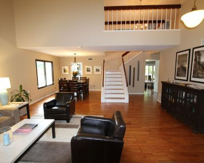 Modern Home w/ pool - 4 Bed/3 Bath - Near Mill Ave, ASU, and Old Town Scottsdale - Tempe