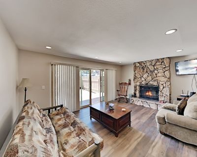Ski-In, Ski-Out! Newly Updated Basecamp: Mountain-View Porch with Gas Grill - Big Bear Lake