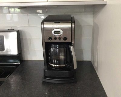 EXCELLENT CONDITION 14 CUP COFFEE MAKER