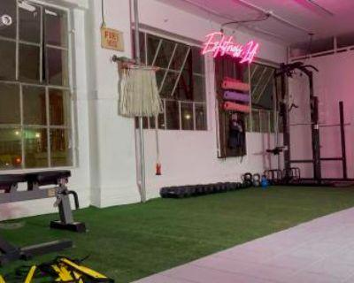 Training Gym, Los Angeles, CA
