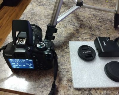 Cannon Rebel T6 with tripod for sale