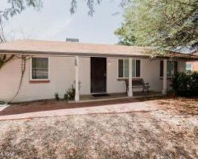 415 N Desert Stra, Tucson, AZ 85711 5 Bedroom Apartment