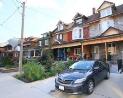 446 Crawford Street #Basement, Toronto, ON M6G 3J6 3 Bedroom Apartment