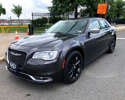 Used 2016 Chrysler 300 C AWD