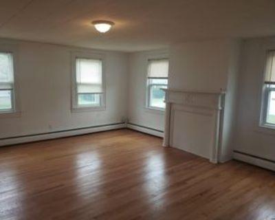 102 Main Ave, Wynantskill, NY 12198 3 Bedroom Apartment