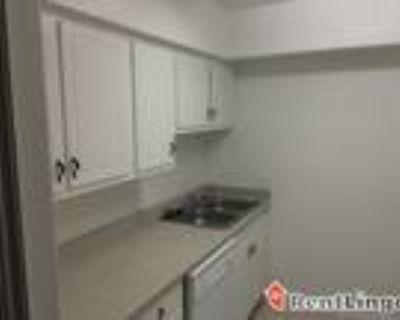 Studio apartment 1610 16Th Street, Nw Suite 103