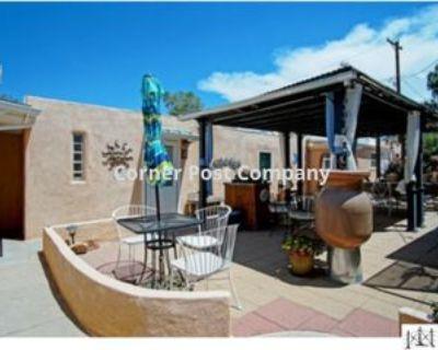 404 Dartmouth Dr Se #1, Albuquerque, NM 87106 1 Bedroom Apartment