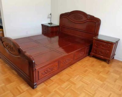 Queen size bed, dresser and night tables