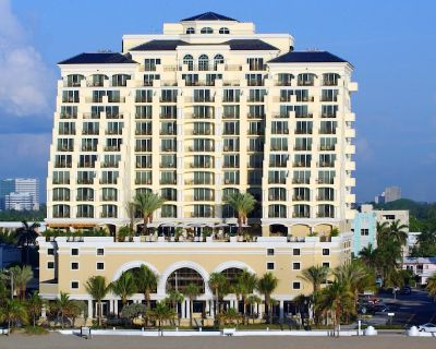 The Atlantic Hotel and Spa 1 Bedroom Oceanfront Suite 2 Queens - Central Beach