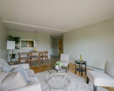 12 Pond Ln #66, Arlington, MA 02474 2 Bedroom Apartment