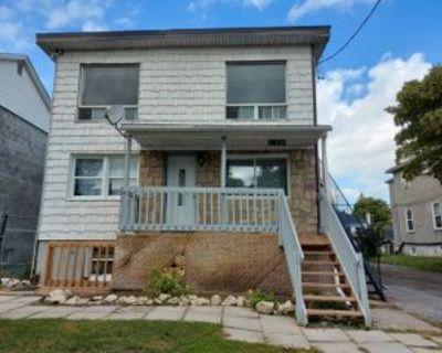 241 Columbus Ave #2, Ottawa, ON K1K 1P5 2 Bedroom Apartment