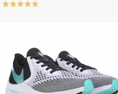 Ladies Nike Running Shoes