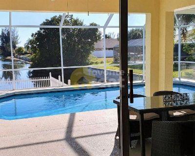 3 bedroom Villa in Cape Coral