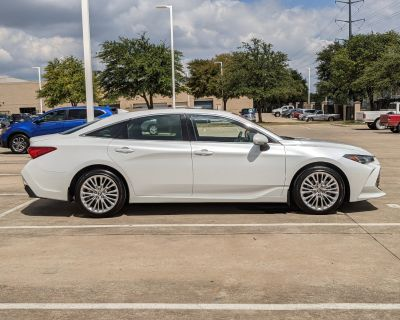 Pre-Owned 2020 Toyota Avalon Limited FWD Sedan