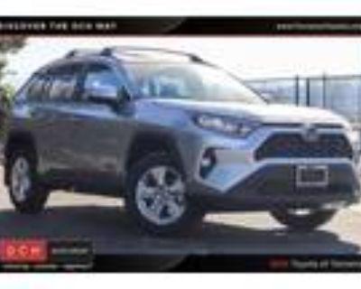 2021 Toyota RAV4 Silver
