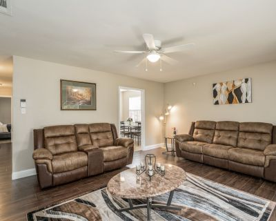 Grill, Relax, or Play at Home Away From Home - Shreveport