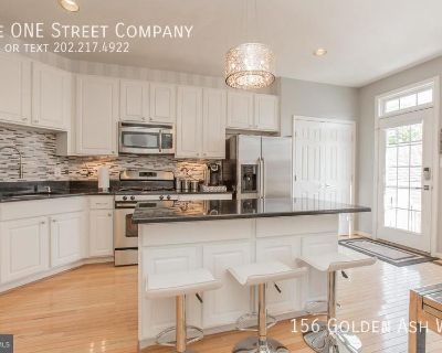 Townhouse Rental - 156 Golden Ash Way