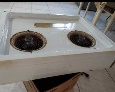 Hood vent with strong suction power