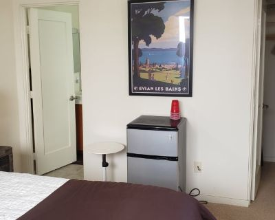 Private room with own bathroom - Palm Springs , CA 92262