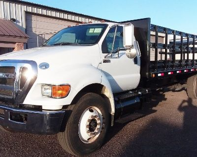 2013 Ford F750 *22 Ft Stake Body*