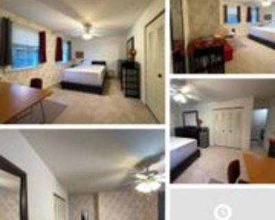 10316 Commonwealth Boulevard, Fairfax, VA 22032 Room