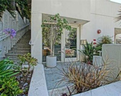 650 Kelton Ave #203, Los Angeles, CA 90024 3 Bedroom Condo