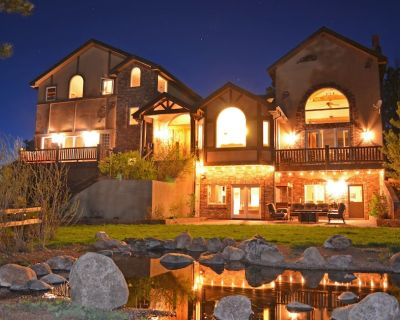 Majestic Lodge only 22 miles from the base of Pike's Peak - Woodland Park