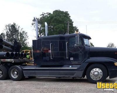 1995 Super Neat Freightliner FLD Sleeper Cab Truck / Dual Exhaust Semi Truck