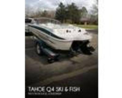 19 foot Tahoe Q4 Ski _ Fish