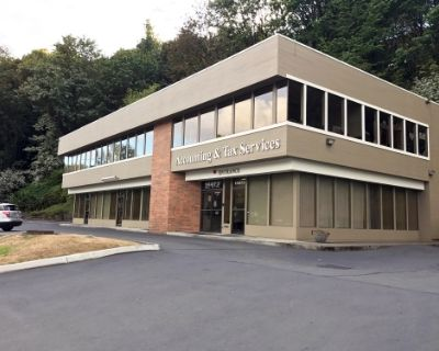 Accounting & Tax Services Building
