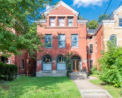 Fully Rented, Separately metered, Brick, late 19th Century TriPlex