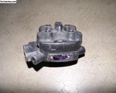1990 VW Rabbit cabriolet Bosch Fuel Distributor