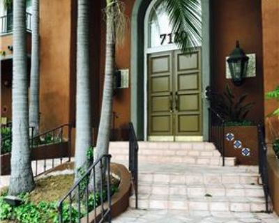 2 bed/ 2 bath condo for rent by owner