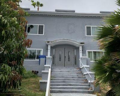 $2800 2 apartment in Metro Los Angeles