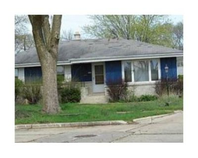 3 Bed 2 Bath Foreclosure Property in Milwaukee, WI 53223 - N 70th St