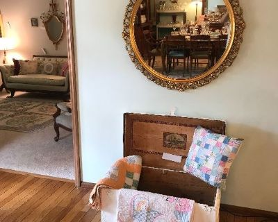 Des Peres Estate Sale ~ Antiques & Collectibles ~ Jewelry ~ Furniture ~ Clothing ~ Records ~ MORE!